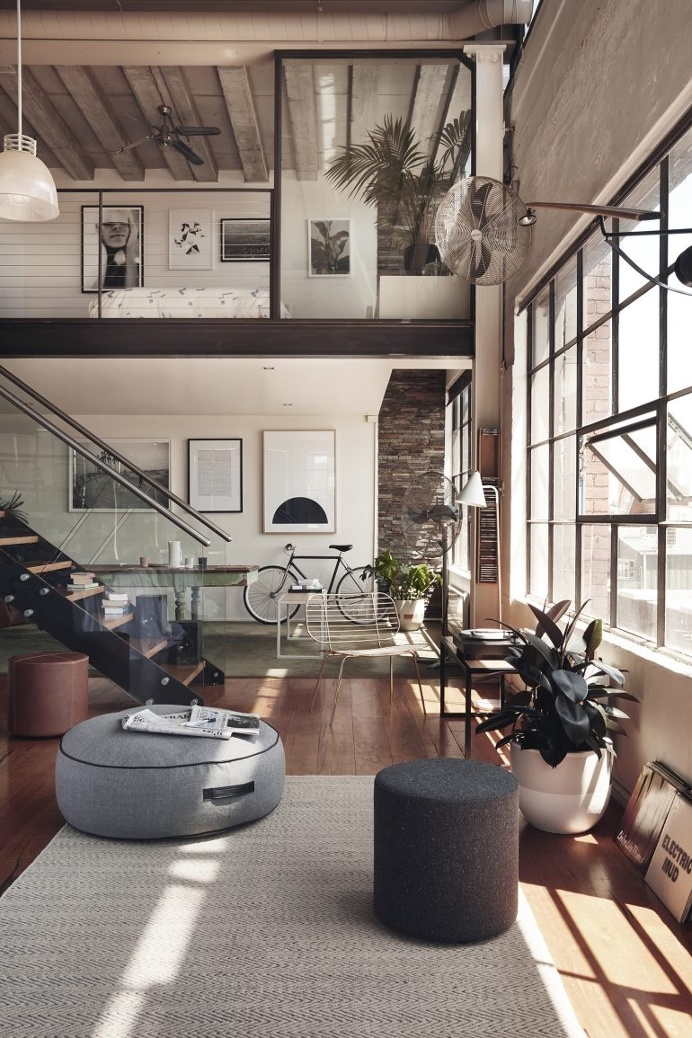 Incroyable Minimalist Interiors Maximize Space